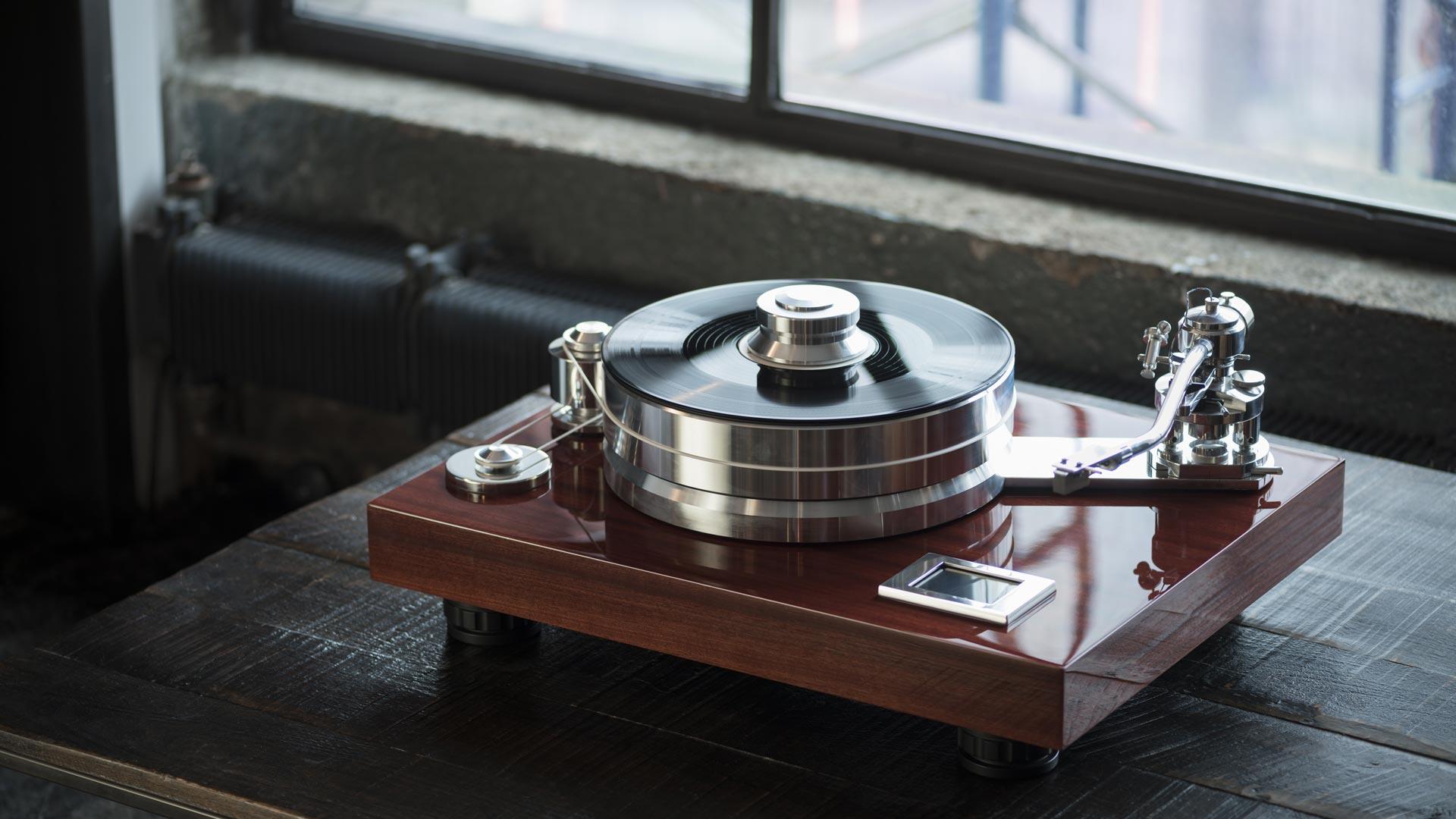 Intelligent Design Pro-Ject Signature 12 Audiophile Turntable Room